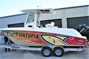 custom boat wrap design